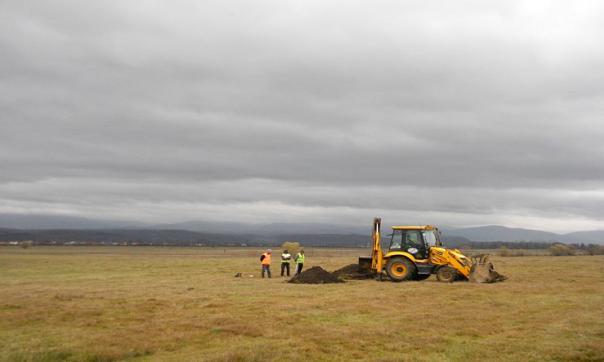 Km 12 + 300 aspect din timpul excavației mecanice a unei secțiuni