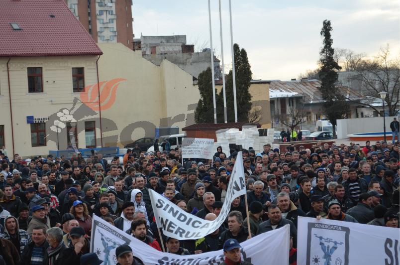 protest fnme (3)