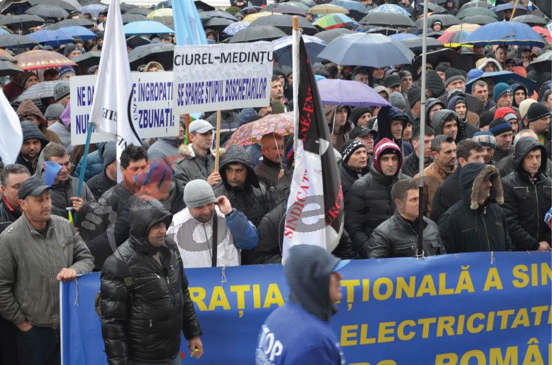 protest fnme (8)