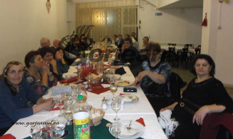 revelionul pensionarilor (3)