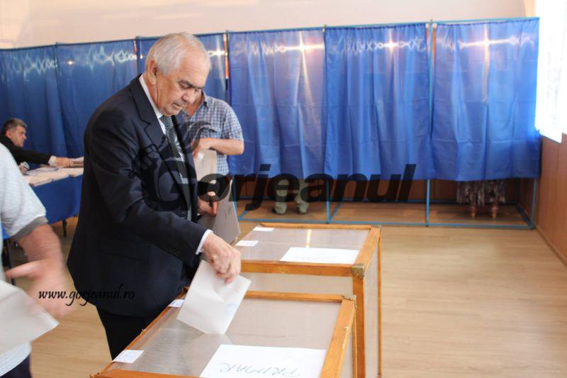 votari (6)