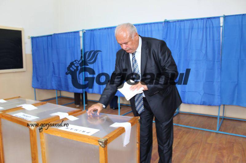 votari (9)
