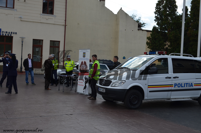 politie9_ins