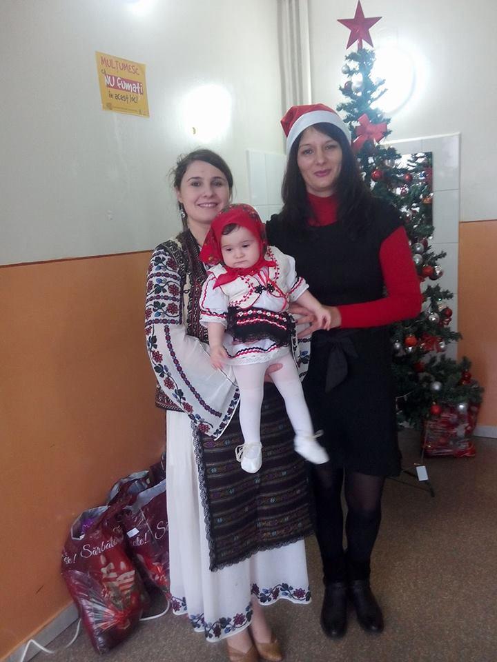 Maria Rascol, fiica  ei si Ramona   Saulescu