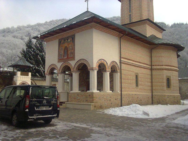 manastirea polovragi (1)